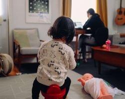 La gestione del tempo in quarantena di una content strategist e UX copywriter con famiglia
